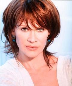Photo of Lisa Ryder