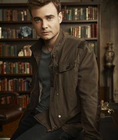 Photo of Robin Dunne