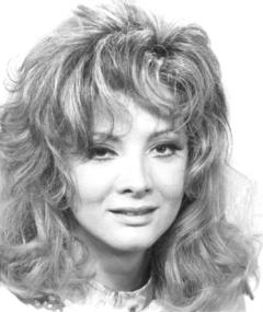 Photo of Glória Menezes