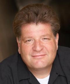 Photo of Stephen Lee