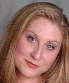 Allison Sumrall adlı kişinin fotoğrafı