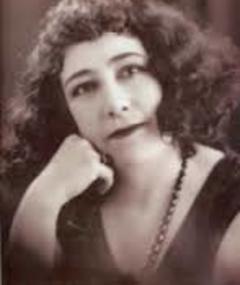 Photo of Emma Roldán