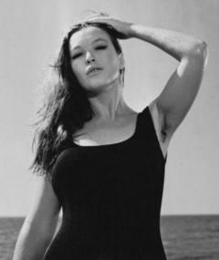 Photo of Linda Sini