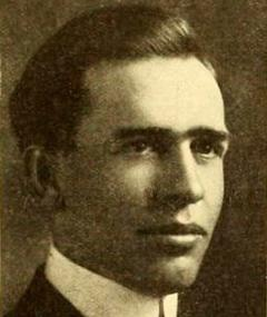 Photo of Earle Snell