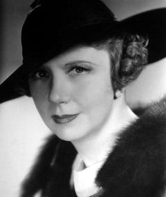 Photo of Cora Witherspoon