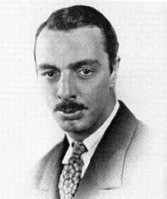 Gambar Arthur Ripley