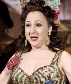 Photo of Carmen Machi