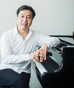 Photo of Makoto Ozone