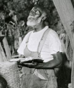 Photo of Harry Gray