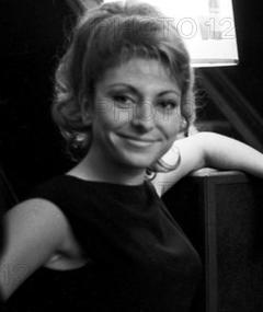 Photo of Nadine Verdier