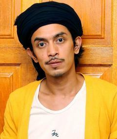 Iqram Dinzly adlı kişinin fotoğrafı