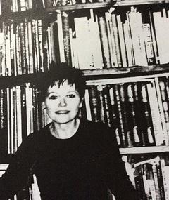 Photo of Anushia Nieradzik
