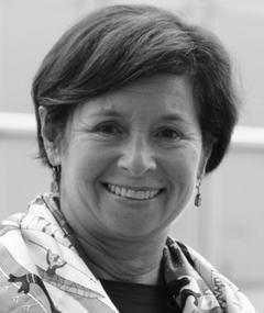 Photo of Cynthia Schneider