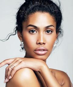 Photo of Leyna Bloom