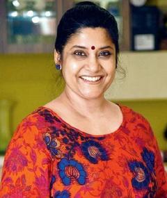 Photo of Renuka Shahane