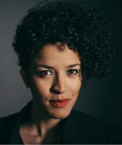 Photo of Aline Frazão