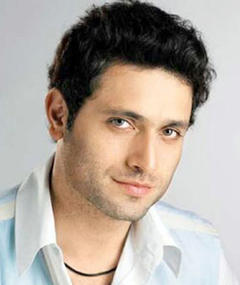 Gambar Shiney Ahuja