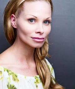 Photo of Lisa Grossmann