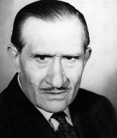 Photo of Noël Roquevert