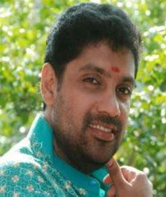 Vidhu Krishnan adlı kişinin fotoğrafı