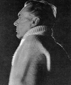 Wendell Mayes adlı kişinin fotoğrafı