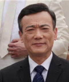 Photo of Qi Zhang