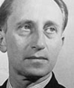 Photo of Hans Heinz Stuckenschmidt