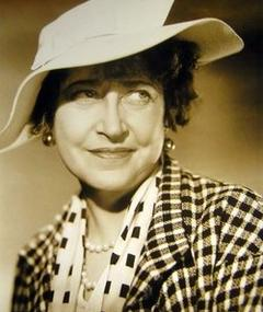 Photo of Georgia Caine