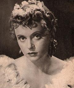 Luise Ullrich adlı kişinin fotoğrafı