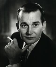 Photo of Denholm Elliott