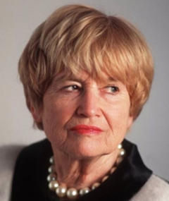 Photo of Jacqueline Veuve