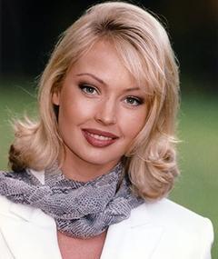 Photo of Kimberley Davies