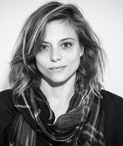 Photo of Lizzie Brocheré