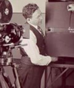 Photo of Lou Fleischer