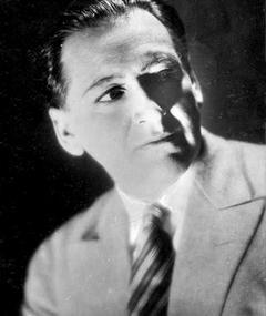 Ernst Stahl-Nachbaur adlı kişinin fotoğrafı