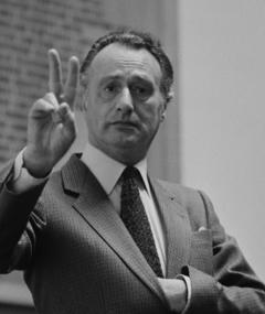 Photo of Paul Eddington