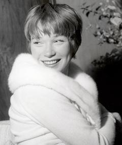 Photo of Shirley MacLaine