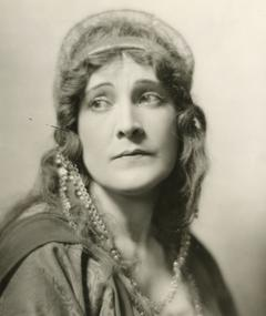 Photo of Claire McDowell