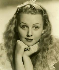 Photo of Charlotte Henry