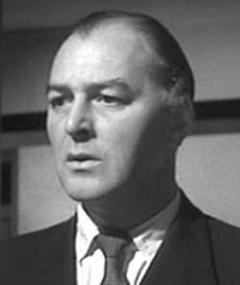 Gambar Cyril Chamberlain