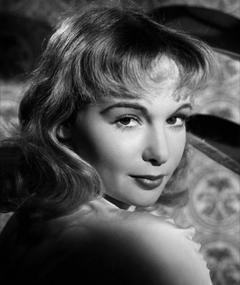 Photo of Françoise Arnoul