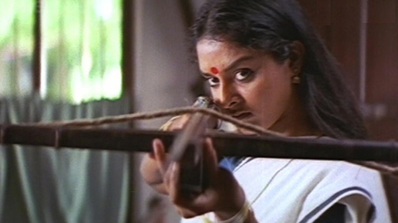 Kannezhuthi Pottum Thottu (1999) – MUBI