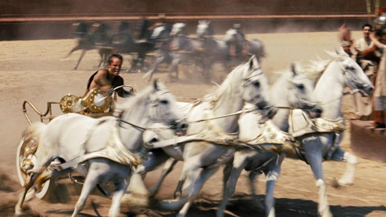 бегущая колесница фото них довольно