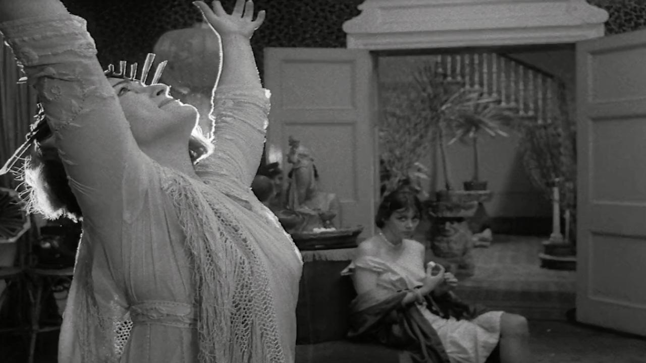 Isadora Duncan, the Biggest Dancer in the World (1966) – MUBI