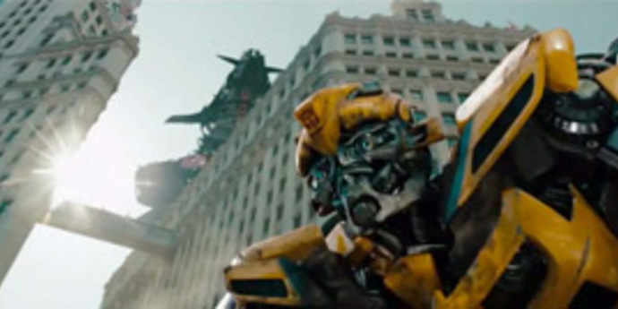 """image of the Review: Michael Bay's """"Transformers: Dark of the Moon"""""""