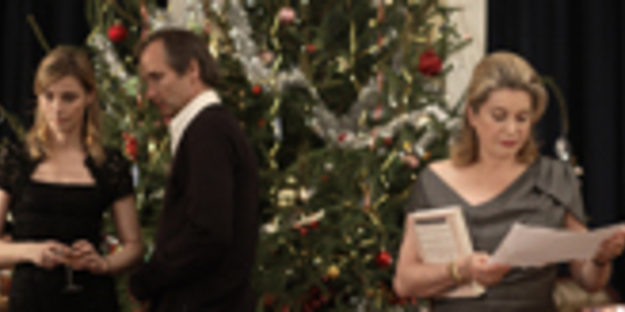 """image of the Review: """"A Christmas Tale"""" (Desplechin, France)"""