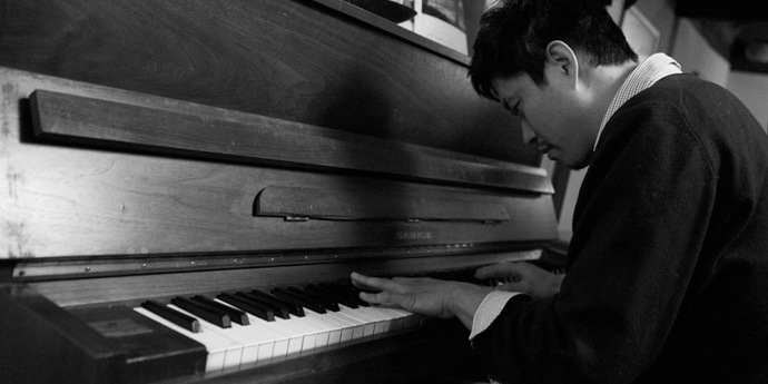 image of the Hong Sang-soo's Spatial Quirks, or Where's That Piano?