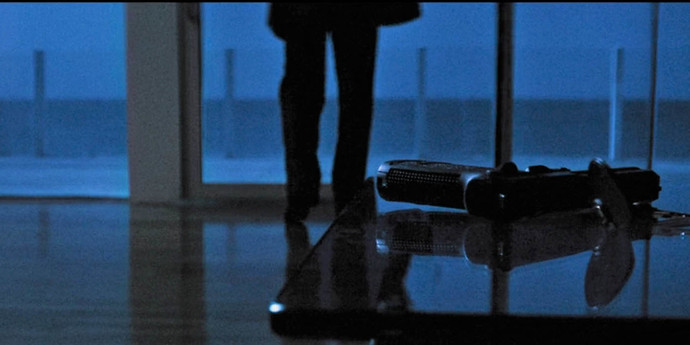 """image of the In and Of the World: The Textures of Michael's Mann's """"Heat"""""""