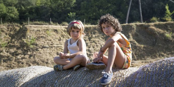 """image of the Review: Grieving the Loss of Childhood—Carla Simón's """"Summer 1993"""""""