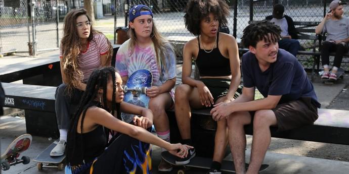 """image of the Sundance London 2018. """"Skate Kitchen"""" Joins New York's Millennial Girl Skateboarders"""